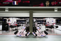 Garages of Esteban Ocon, Force India and Sergio Perez, Force India