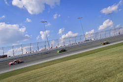 Ryan Reed, Roush Fenway Racing Ford, Darrell Wallace Jr., Biagi-DenBeste Racing Ford