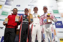 Podio: Ganador de la carrera Callum Ilott, Prema Powerteam, Dallara F317 - Mercedes-Benz, segundo lugar Joel Eriksson, Motopark Dallara F317 - Volkswagen, tercer lugar Maximilian Günther, Prema Powerteam Dallara F317 - Mercedes-Benz