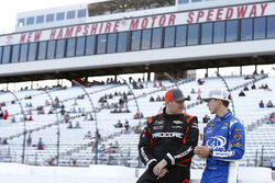Michael McDowell, Leavine Family Racing Chevrolet, Trevor Bayne, Roush Fenway Racing Ford