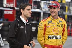 Joey Logano, Team Penske Ford, mit Travis Geisler