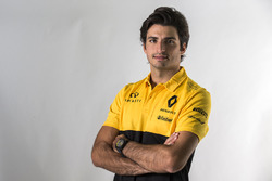 Carlos Sainz Jr. Renault announcement