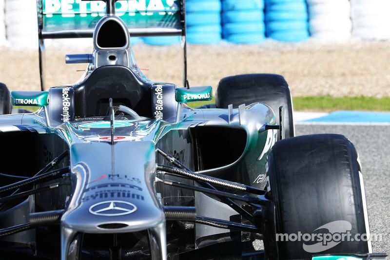 The new Mercedes AMG F1 W04 sidepod detail