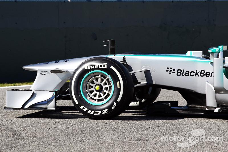 Презентация Mercedes AMG W04, Презентация.
