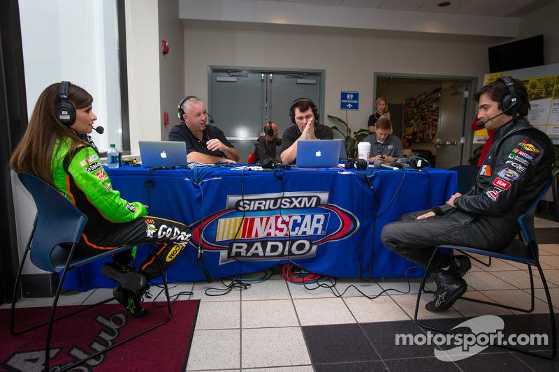 Danica Patrick, Stewart-Haas Racing Chevrolet en Nelson A. Piquet