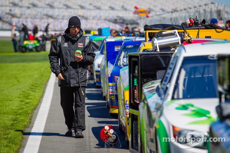 Joe Gibbs Racing Toyota crew member