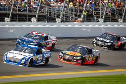 Carl Edwards, Roush Fenway Racing Ford, Bobby Labonte, JTG Daugherty Racing Toyota, Tony Stewart, Stewart-Haas Racing Chevrolet