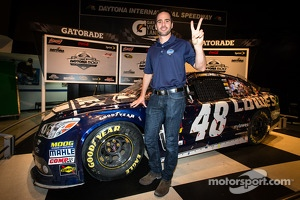 2013 Daytona 500 winner Jimmie Johnson, Hendrick Motorsports Chevrolet, poses with his car