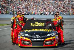 Car of Clint Bowyer, Michael Waltrip Racing Toyota