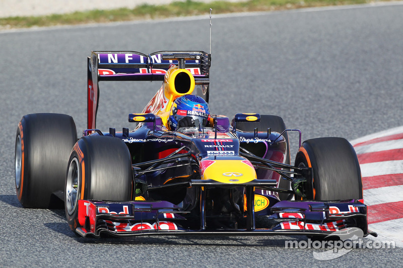 Sebastian Vettel, Red Bull Racing RB9 running sensor equipment on the rear wing