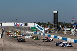 Largada: #16 Dyson Racing Team Lola B12/60 Mazda: Chris Dyson, Guy Smith, Butch Leitzinger