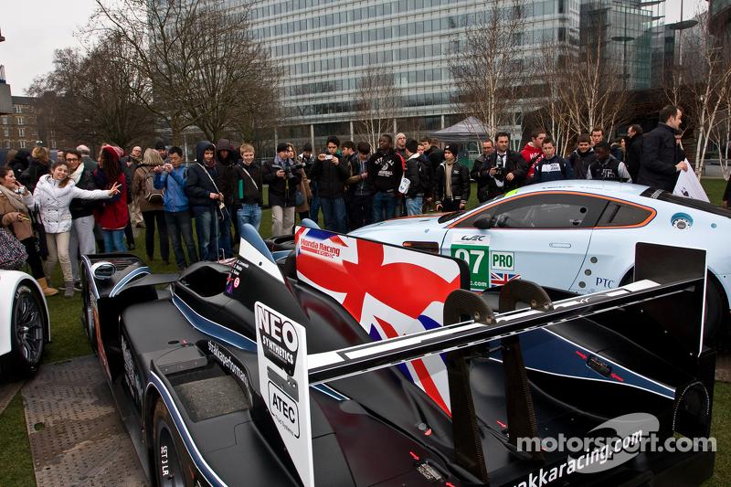 Aston Martin Vantage V8 en Strakka LMP1