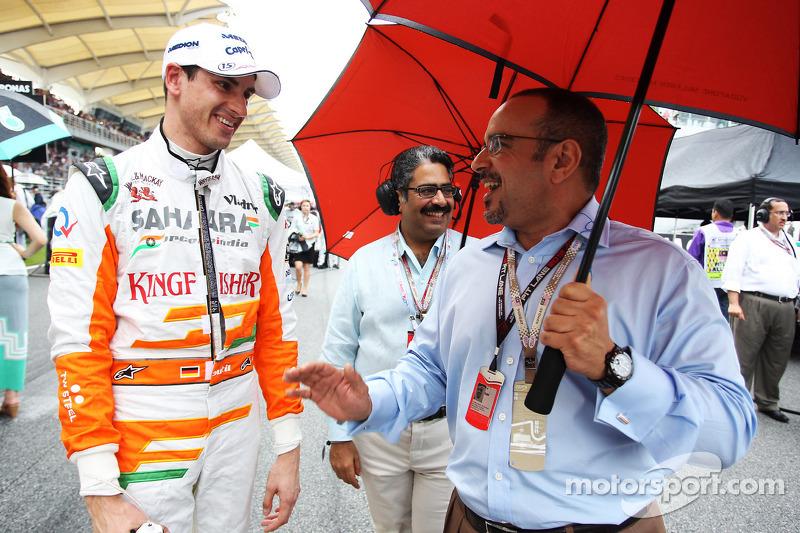 Adrian Sutil, Sahara Force India F1 met Prins Salman bin Hamad Al Khalifa, kroonprins Bahrain op de