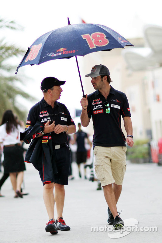 Jean-Eric Vergne, Scuderia Toro Rosso com o Eric Silbermann, Assessor de imprensa da Scuderia Toro Rosso
