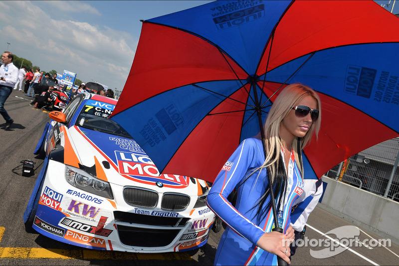 Charles Ng, BMW E90 320 TC, Liqui Moly Team Engstler en Liqui Moly girl