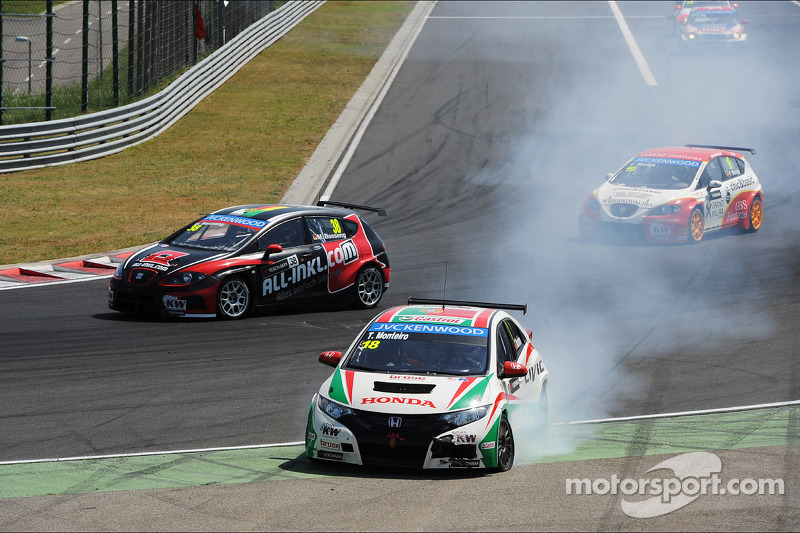 Crash, Tiago Monteiro, Honda Civic Super 2000 TC, Honda Racing Team Jas