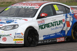 Jason Plato, MG KX Momentum Racing gets a puncture