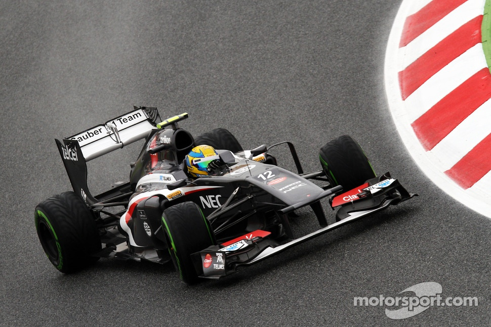 Esteban Gutierrez, Sauber corrects an oversteer
