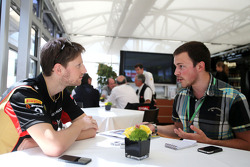 Romain Grosjean, Lotus F1 Team and Gregory Demoen, F1i.com journalist