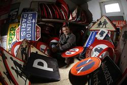 Fernando Costa, el artista encargado de diseñar el arte del auto de OAK Racing para Le Mans