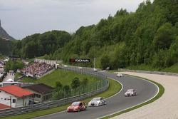 James Thompson, Lada Granta, LADA Sport Lukoil and Franz Engstler, BMW E90 320 TC, Liqui Moly Team