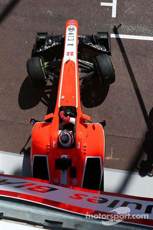 Jules Bianchi, Marussia F1 Team MR02 deixa os pits