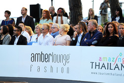 Heikki Kovalainen, Caterham F1 Teampiloto reserva no lançamento da Amber Fashion Show