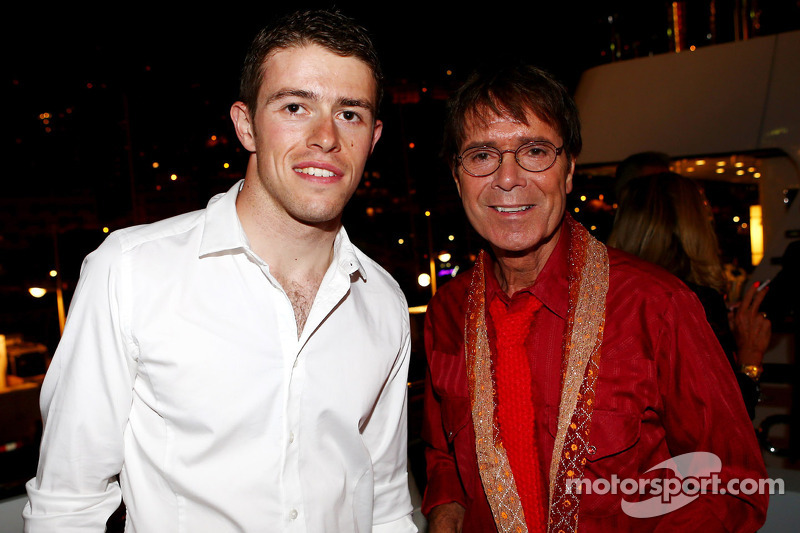 (L to R): Paul di Resta, Sahara Force India F1 with Sir Cliff Richard, Pop Star at the Signature F1 Monaco Party