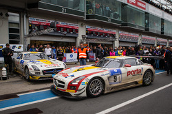Race winner #9 Black Falcon Mercedes-Benz SLS AMG GT3 (SP9): Bernd Schneider, Jeroen Bleekemolen, Sean Edwards, Nicki Thiim enters parc fermé