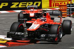 Max Chilton, Marussia F1 Team MR02 lidera parceiro Jules Bianchi, Marussia F1 Team MR02