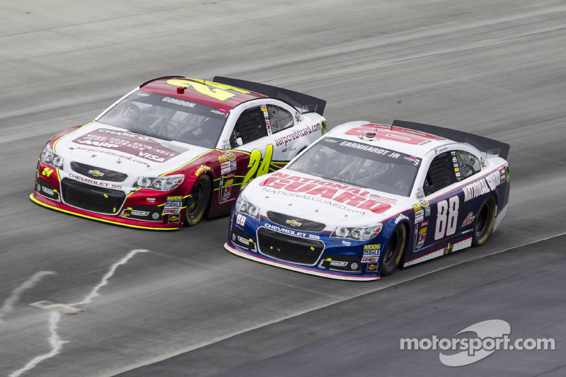 Dale Earnhardt Jr. en Jeff Gordon
