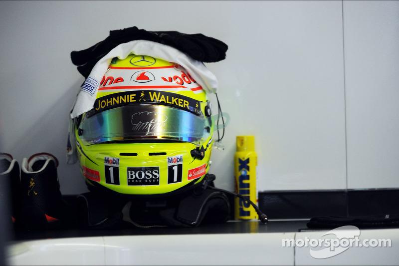 Casco de Sergio Pérez, McLaren