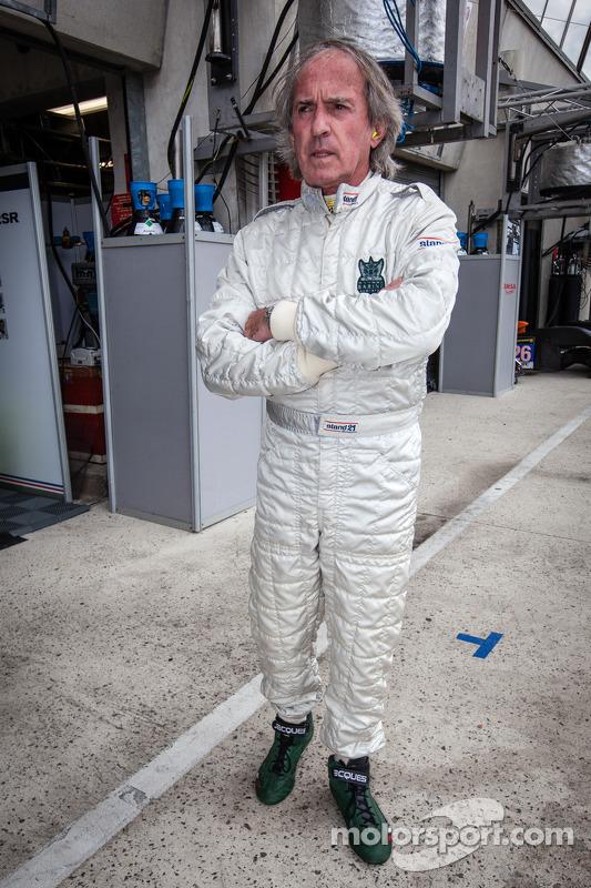 Jacques Laffite testa o #76 IMSA Performance Matmut Porsche 911 GT3-RSR