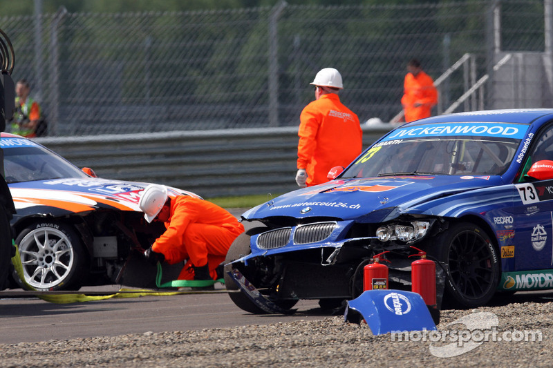 Crash, Fredy Barth, BMW E90 320 TC, Wiechers-Sport en Charles Ng, BMW E90 320 TC, Liqui Moly Team Engstler