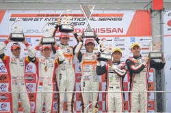 GT300 podium: race winners Shinichi Takagi, Takashi Kobayashi