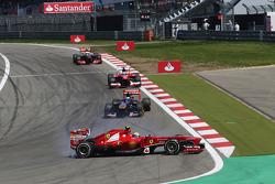 Felipe Massa, Ferrari F138 spins out of the race
