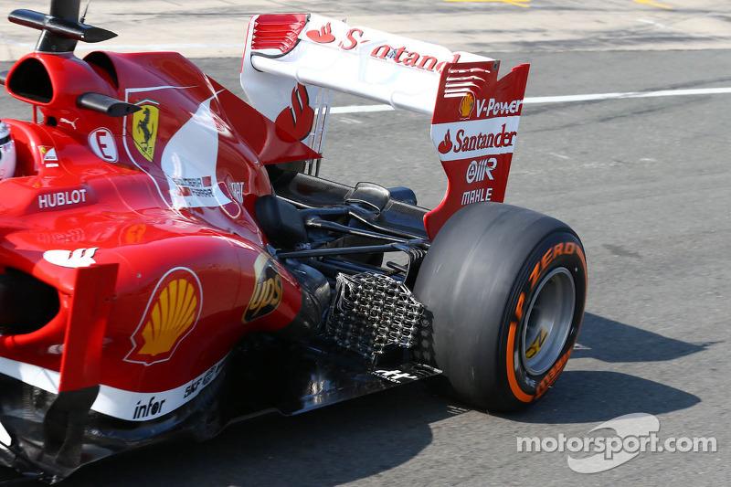 Davide Rigon, Ferrari F2012 Test Driver running sensor equipment at the exhaust