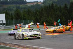 Winnaars van de race #84 HTP Gravity Charouz, Mercedes-Benz SLS AMG GT3: Maximilian Buhk, Maximilian