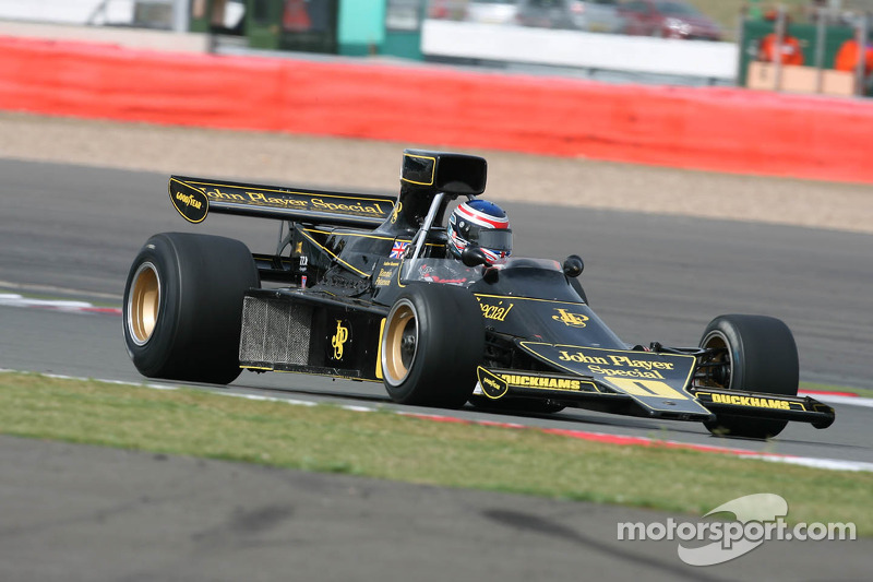Andrew Beaumont, Lotus 76