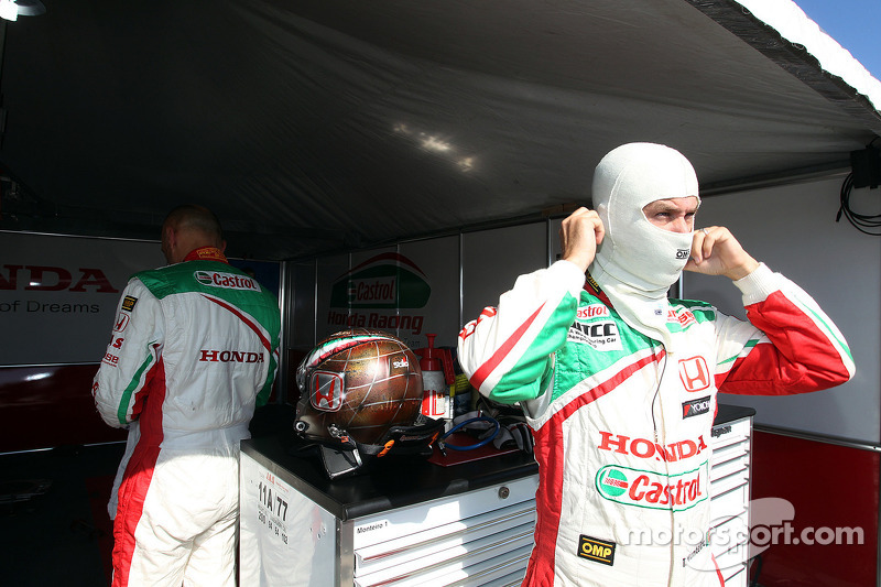 Tiago Monteiro, Honda Civic Super 2000 TC, Honda Racing Team Jas e Gabriele Tarquini, Honda Civic, Honda Racing Team J.A.S.