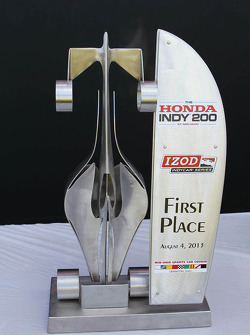 First place trophy