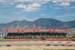 Josh Hayes takes commanding lead in first lap of SuperBike Race #2