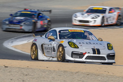 #26 Porsche Cayman GT4 MR: Jeff Kearl, Sean McAlister, Jeff Westphal