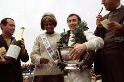 Racewinnaar Jackie Stewart, Matra MS10
