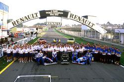 Команда мотористов Renault с командами Williams и Benetton