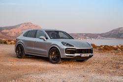 Porsche Cayenne Turbo testi