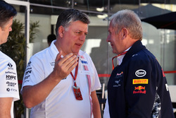 Otmar Szafnauer, Sahara Force India Formula One Team Chief Operating Officer with Andy Stevenson, Sahara Force India F1 Team Manager and Dr Helmut Marko, Red Bull Motorsport Consultant