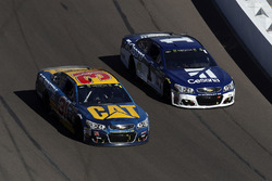 Ryan Newman, Richard Childress Racing Chevrolet, Jamie McMurray, Chip Ganassi Racing Chevrolet
