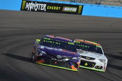 Денни Хэмлин, Joe Gibbs Racing Toyota и Чейс Эллиотт, Hendrick Motorsports Chevrolet