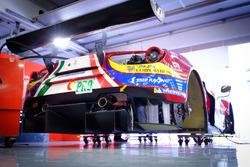 #51 AF Corse Ferrari 488 GTE: Джейм Каладо, Алессандро П'єр Гуіді
